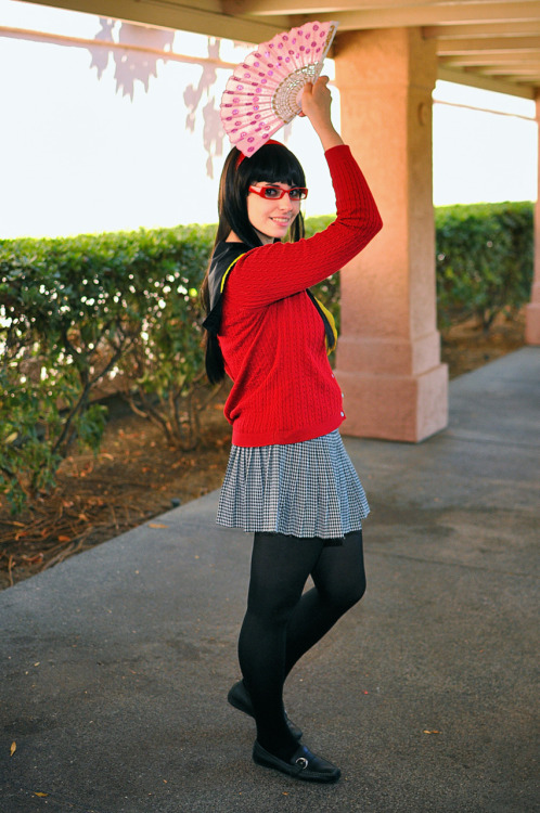 lady-von-whippingberg:  Cosplay Photo from Sac-Anime Summer 2011 on American Cosplay Snapshots Look what I found~ :D and you can see how not-black my wig is, derp.  NEED THIS SHIT ON MY BLOG RIGHT THE FUCK NOW. LET ME WORSHIP THE GROUND YOU WALK ON.