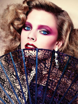 ambivalentme:  Constance Jablonski for Vogue Germany