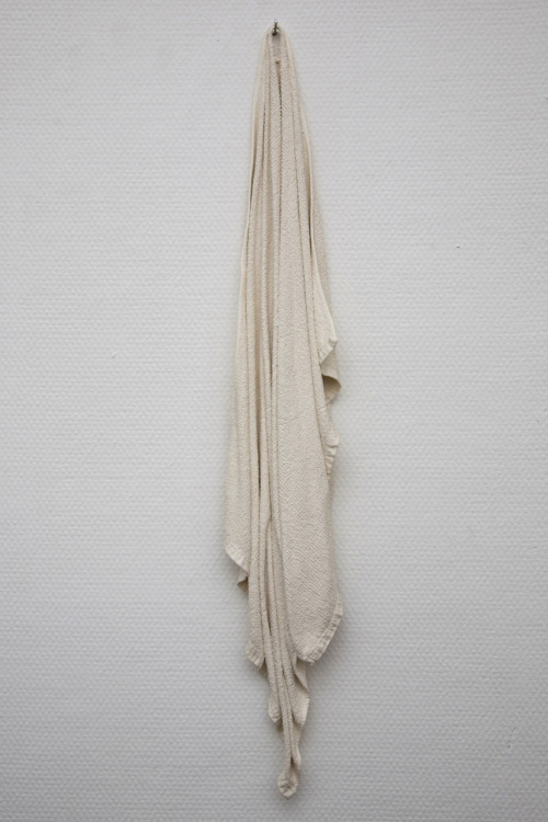 Kjersti Lunde: Towel, 2008 - Porcelain (Photo:Tor Lie)