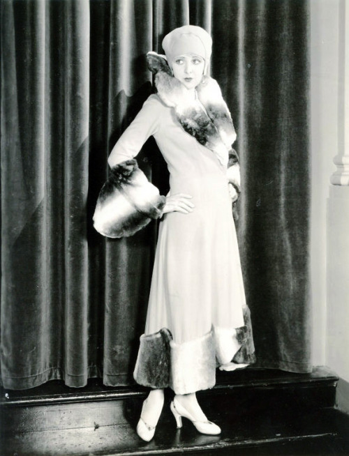 Billie Dove, 1920s