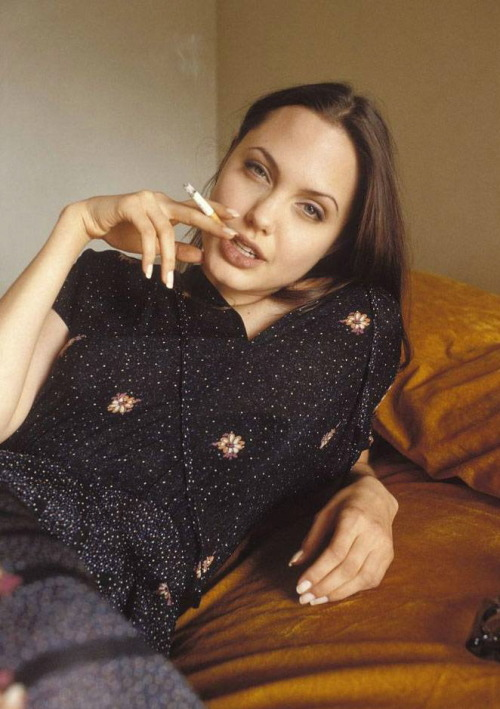 lillac-lolita:  Angelina Jolie, 19 years old, photographed by Michel Bourquard