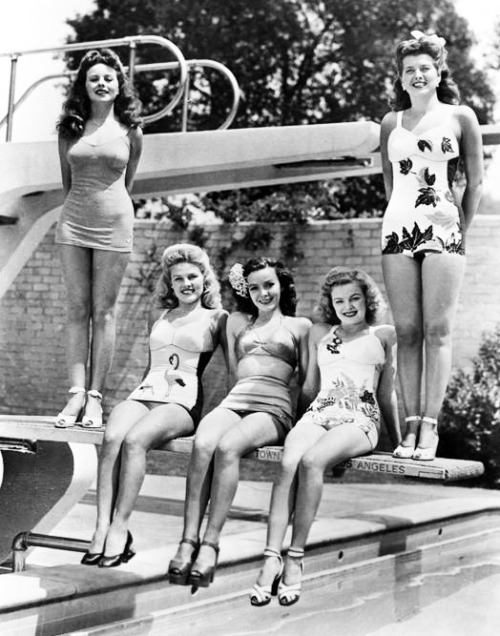 1943 starlets at Fox: Jeanne Crain, Mary Anderson, Gale Robbins, June Haver and Trudy Marshall.