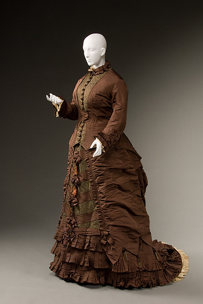 Wedding dress, 1879-80 US (Mass.), Historic Deerfield Museum
