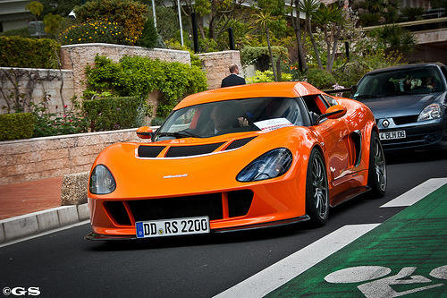 carpr0n:  News from Germany Starring: Melus RS2000  Lookin Good!