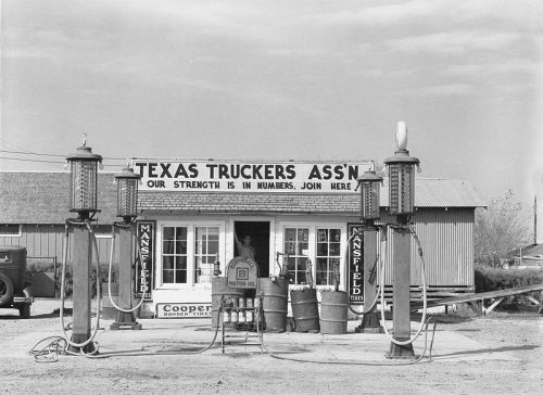 Service station, Edcouch, Texas, 1939 Russell Lee