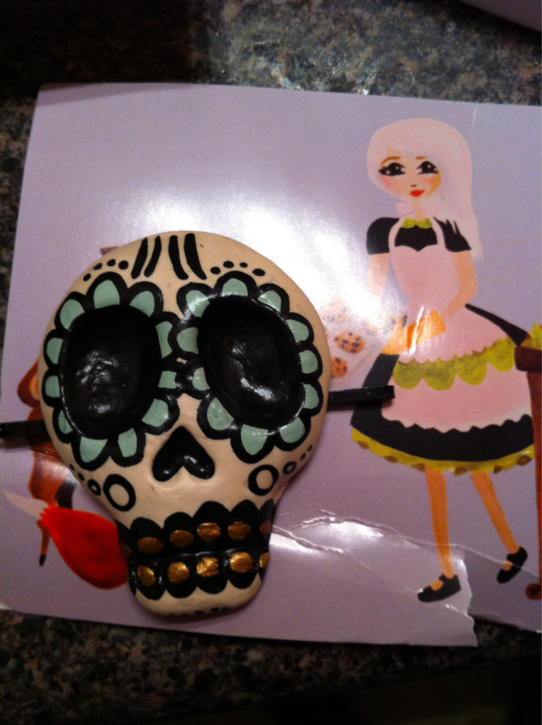 Got my sugar skull today! Love it! Thanks Charlavail!! :))