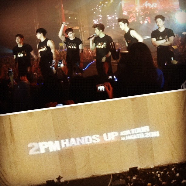 2PM Hands Up Asia Tour in Jakarta 2011 © 11.11.2011