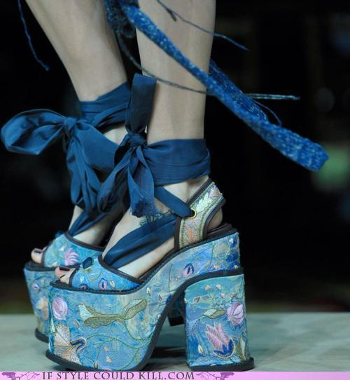 liminalbrains:  (via 101 Uses for Wallpaper - Crazy Shoes and Cool Accessories: If Style Could Kill)