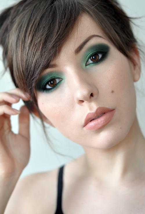ladyelizabethj:  Urban Decay. Verte. Black palette. Julie Hewett lipstick - Biba.  If you're going to post a photo that isn't yours and even credit the makeup used in it, you should credit the person who created the photo too. This is Keiko Lynn.