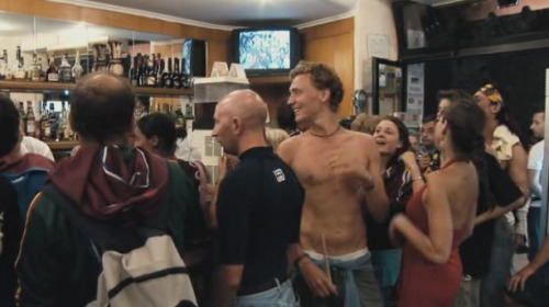 frankiekali:  Hiddles Shirtless Appreciation post pt 2