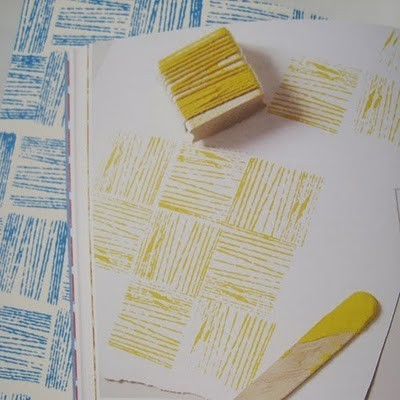 grammasteez:  DIY stamps made by wrapping yarn around a wood block.