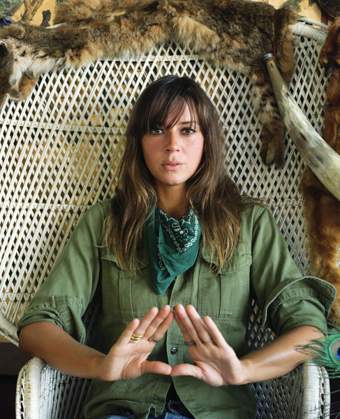 foxmouth:  Cat Power by David Black