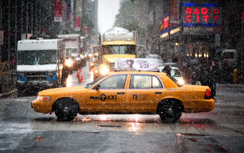 NYC Snowstorm by navid j on Flickr.