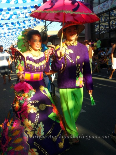 ieatmypancitwithrice:  Man and Woman in Filipiniana - Pahiyas Festival (Via Flickr)