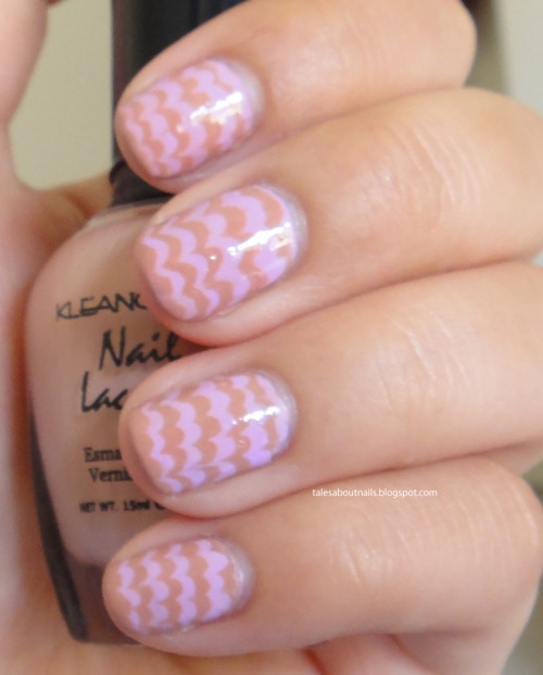 Melting ice-cream mani