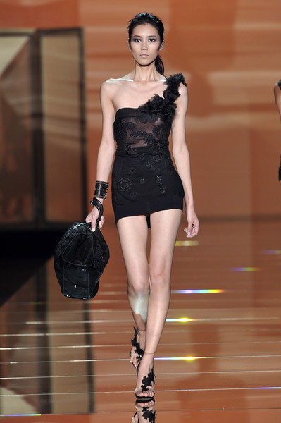 fashion-ocd:  Ermanno Scervino Spring 2010