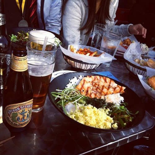 Salmon Korean barbecue with an Anchor Steam #beer! #food #foodporn #foodie #sf (Taken with Instagram at Pacific Catch - Marina)