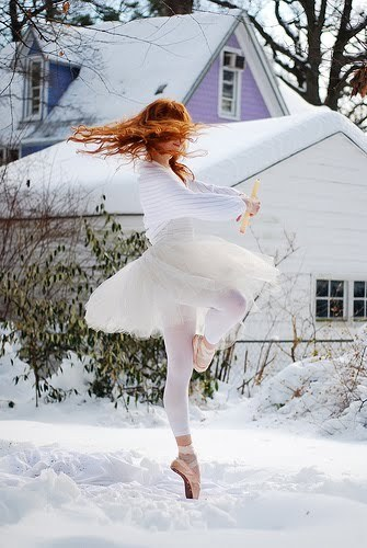 morphingtumblr:  This is no nutcracker snowflake. Nice shot. #ballet