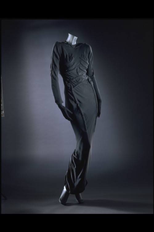 Dress Elsa Schiaparelli, 1938 The Victoria & Albert Museum