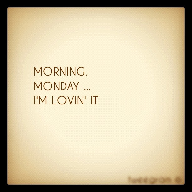 #tweegram #morning #monday #instagram #iphone4 #iphonegraphy #cerealoatz  (Taken with instagram)