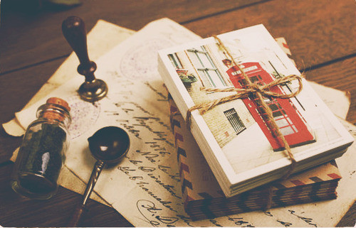 One day when I find that special someone, I would want him to write me letters and send it to me through the mail. I don't know why but I like it the old fashioned way. Honestly I get so excited to see mail for me instead of stupid facebook notifications. I honestly feel that love for the past decade has evolved because of technology. Technology makes everything so complicated where  back in the past few centuries, most people communicated through mail. Sometimes that mail would take days or even months to get to you but I feel that time does the heart some good sometimes whereas on facebook you can receive the message within seconds.