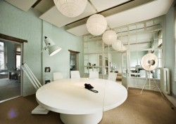 (via Parasol Island Animation Office Germany > Office Design Gallery)