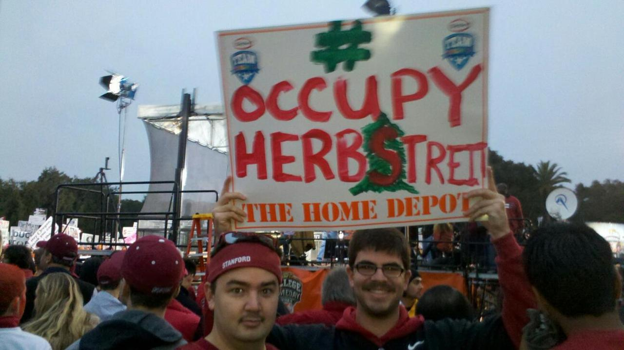 New fan shot: Occupy Herbstreit makes it to College Gameday