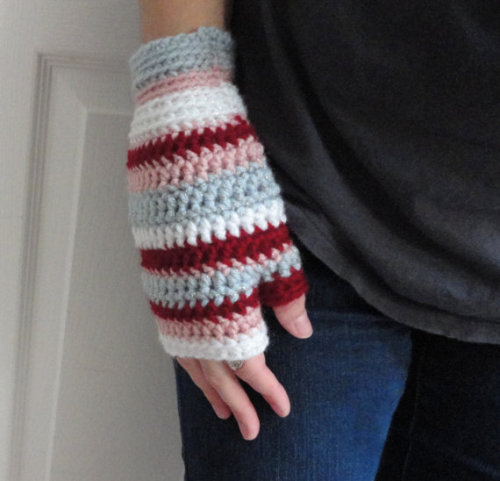 Hellooooo mitten season!  Peppermint Snow Mitts available on Etsy -Cory U