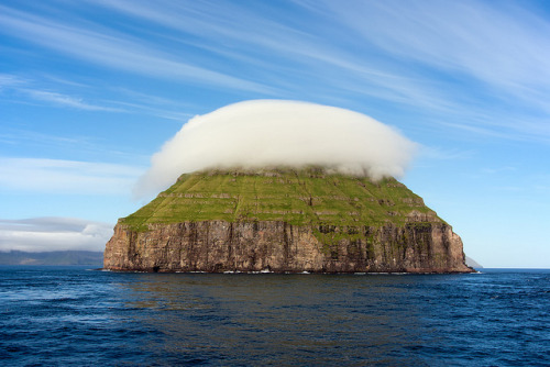 Faroe - Litla Dimun by Spumador on Flickr.