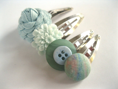 Funky Hair Clips Set of Four - Aqua Sea Foam Ocean Mix of Snap Clips - Flowers and Buttons