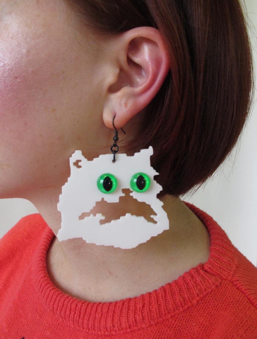 laser cut kitty earrings @ http://www.etsy.com/shop/PrettySnake