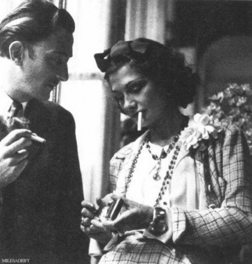 narcissime:  Salvador Dalí & Coco Chanel indulging in a cigarette break.