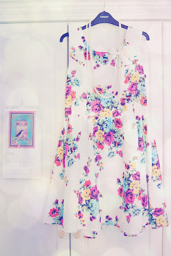 {floral dress} by {Jessica Louise} on Flickr.