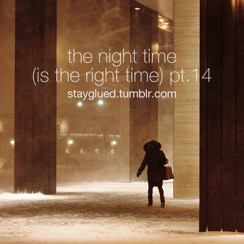 stayglued:  The Night Time (Is the Right Time) Pt. 14 Genre: Jazz / Vocal Jazz Dinah Washington - This Bitter Earth Etta James - Fool That I Am Shirley Horn - Do It Again Blossom Dearie - Lonely Town Billie Holiday - One for My Baby (And One More for the Road) LaVern Baker - You'll Be Crying Etta Jones - Till There Was You Carmen McRae - How Long Has This Been Going On Nancy Wilson & Cannonball Adderley - Save Your Love for Me Ella Fitzgerald - Solitude Dorothy Dandridge - I've Got a Crush on You Helen Merrill - April in Paris Julie London - Cry Me a River Pat Suzuki - How High the Moon Chet Baker - I Wish You Love Duke Ellington - Haupe Stan Getz - Serenade in Blue Lee Morgan - Since I Fell for You Wes Montgomery - What's New Roy Eldridge - Phil's Tune Michel de Villers & Son Orchestre - The Foolish Things Joe Pass - Li'l Darlin' Ben Webster - Stardust DOWNLOAD Winter jazz for the Christmas season, enjoy Suggested listening: Night Time, Pt. 12 & Night Time, Pt. 8 both are in the winter jazz mold