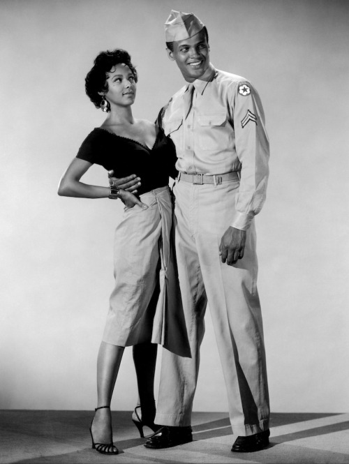 Dorothy Dandridge and Harry Belafonte - Carmen Jones (1954 Director: Otto Preminger)