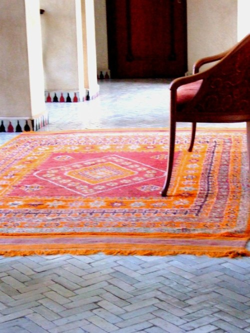 thatbohemiangirl:  My Bohemian Home  I need this RUG!