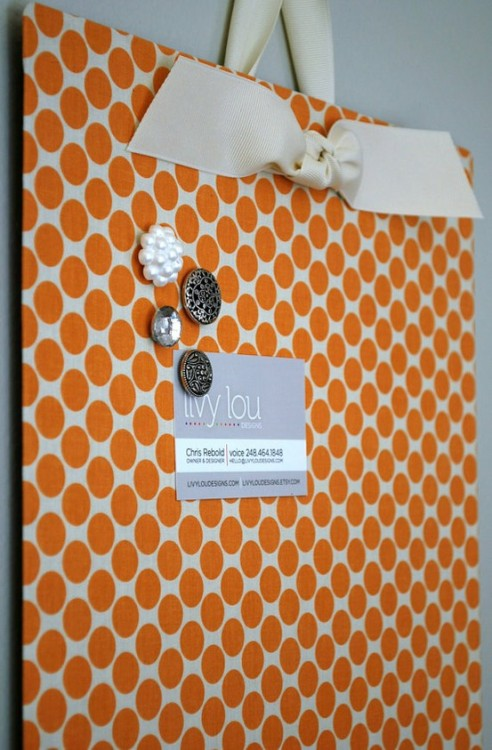ourvintagelife:  Fabric-covered cookie sheet makes an ingenious magnetic board! I shall be making this very soon! :D