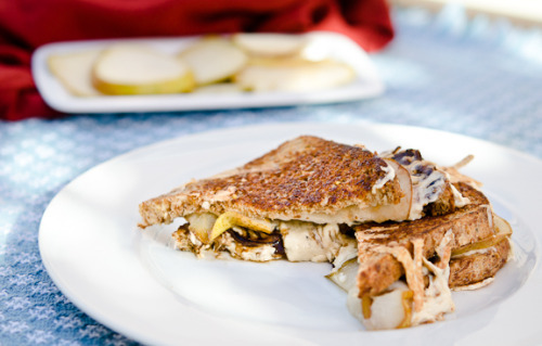 Vegan Pear Grill Cheese with recipe (link)