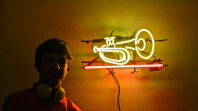 "I build this trumpet lamp out of two old broken lamps, and I have to say, ""I'm proud of me!"" =D"