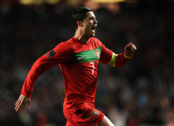 Cristiano Ronaldo 8' 53' Portugal 6 - Bosnia-Herzegovina 2 Photo by Jasper Juinen/Getty Images Europe