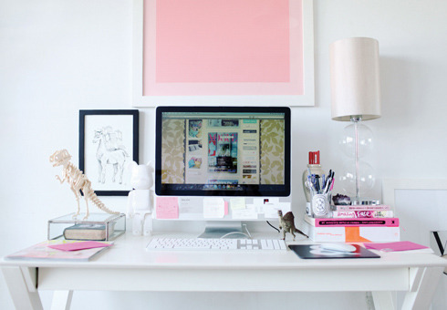 femme-belle:  why can't my desk be like that? ^ ikr