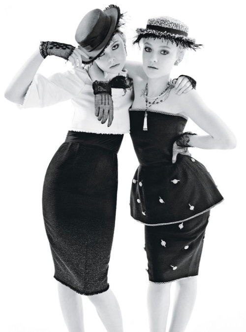vinhnotvogue:  Dakota & Elle Fanning for W Magazine