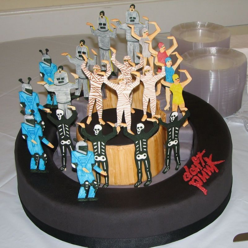 "daft punk ""around the world"" cake"