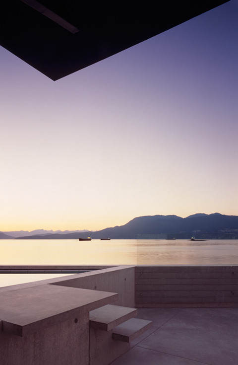 simplypi:  Surrounded by water - Shaw House in Vancouver by Patkau Architects