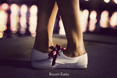 Help Ballet Zaida reach 10,000 fans on Facebook by sharing it with your friends. The more fans we have, the more photos we can create. www.Facebook.com/BalletZaida