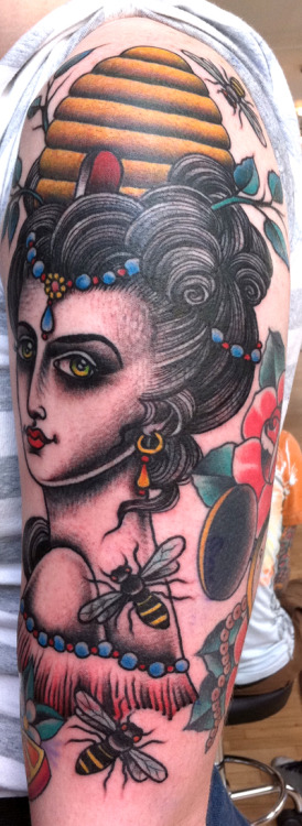 Sarah Schor is an American tattooist working at King's Avenue Tattoo in NYC. She is incredibly talented and I've enjoyed seeing the evolution of her work.