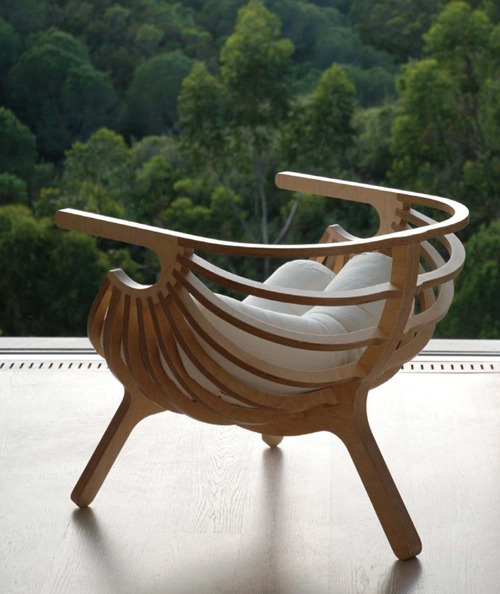 homedesigning:  Unique Plywood Chair by Branca
