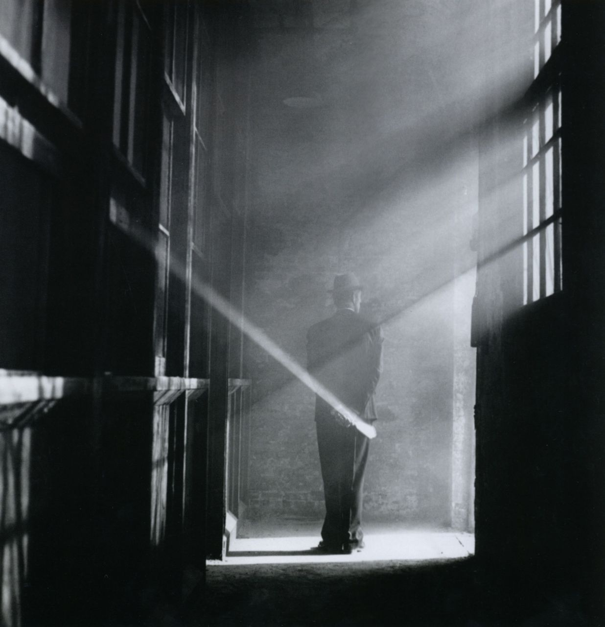 liquidnight:  Rodney Smith Dan Holding Hand Mirror in Fog, No. 1, 2000/2005 From The Unseen Eye: Photographs from the Unconscious