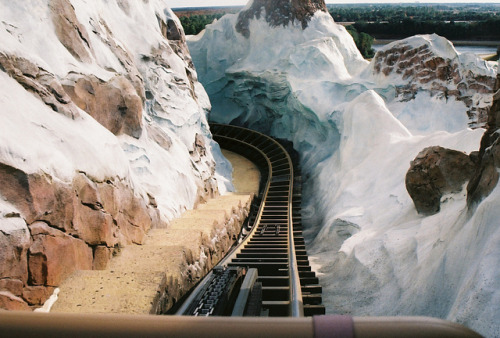 Expedition Everest - Animal Kingdom by NormanJWright on Flickr.