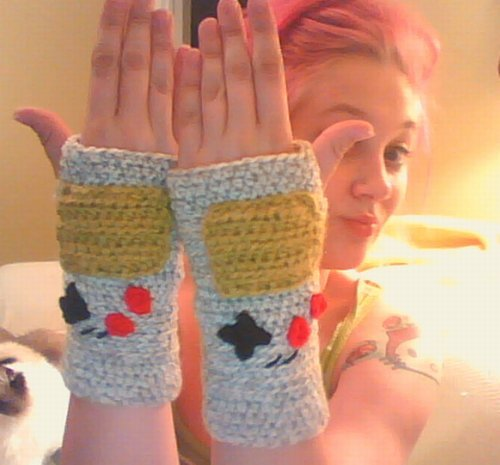 Geekcraft of the day: Game Boy fingerless knit gloves Made with love by MaDonna Flowers Via